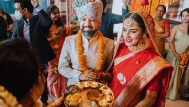 Photo of Bollywood actress Angira Dhare marries film director Anand Tiwari, see photos