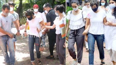 Photo of Mandira Bedi shouldered her husband's body, caught the boat, was seen outside the crematorium