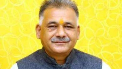 Photo of Madhya Pradesh Minister of Education to parents who have complained about 'Poyi Chatto' school fees
