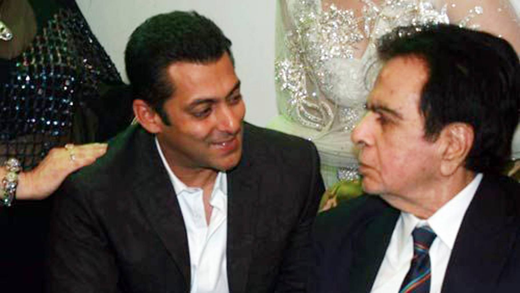 Photo of Dilip Kumar may show a better way to Salman Khan, who is afraid of Radhe's fate