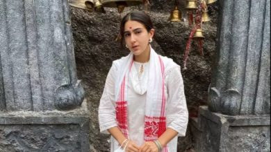 Photo of Sara Ali Khan reached the famous Kamakhya Devi temple, people asked – are you a Hindu or a Muslim?
