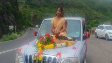 Photo of The bride has no mask for the wedding photoshoot;  Case for violating Kovid regulations
