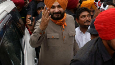 Photo of Who is the first in Punjab: Amarinder Singh or Sidhu?