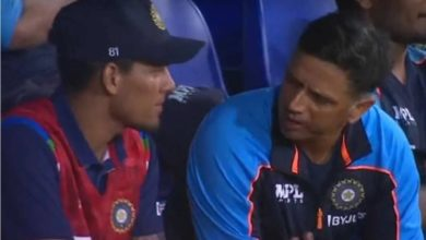 Photo of What did Dravid say to Chahar's brother when he came out of the dressing room?  That's where the game changed !!