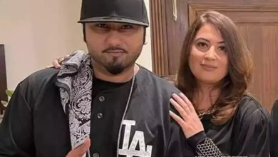 Photo of Honey Singh's wife Shalini cried in front of the judge, said- I have no other option.