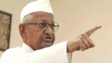 Photo of Can Hazare still draw a crowd?