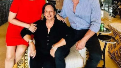Photo of Akshay Kumar's mother admitted in ICU, left the shooting and reached Mumbai from London