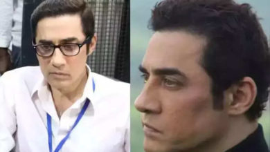Photo of Aamir Khan arrives at his home with police and doctors after 'Mela' flopped