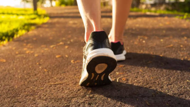 Photo of How does walking 10 minutes after a meal benefit the body?