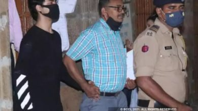 Photo of Aryan Khan, nervous during NCB's security check, wept during interrogation