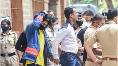 Photo of aryan khan: How did the BJP activists get to the narcotics bust?  Maharashtra minister questions NCB – ncp alleges bjp officials along with ncb officials when aryan khan was arrested