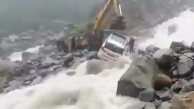 Photo of uttarakhand rains: BRO rescues car passengers in floods;  Video: rescue operations continue as heavy rains and downpours in uttarakhand