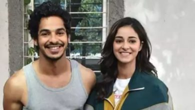 Photo of Drugs case: Ishaan Khattar arrives at actress Ananya Pandey's house to meet her