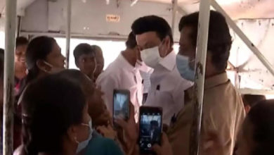 Photo of mk stalin on the bus: Stalin on the bus;  First shock the passengers, then selfie;  CM asked for information – surprise visit of the prime minister of tamil nadu, mk stalin in a public bus